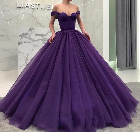 Purple Off Shoulder Ball Gown Wedding Dresses Simple Tiered Sweep Train Pleats Sweet 16 Prom Gowns Custom