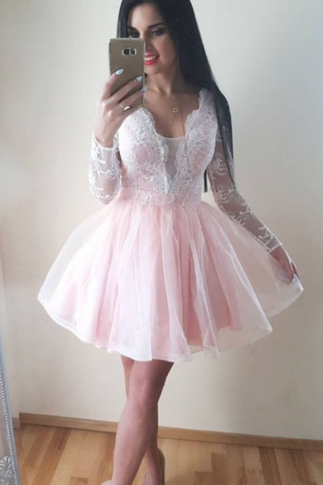 Pale Pink Homecoming Dress,Light Pink Short Prom Dress,Long Sleeves Pink Lace Homecoming Gown