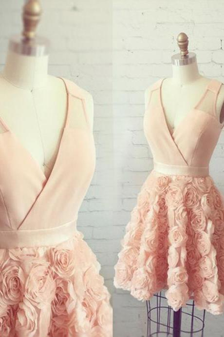 Modern A-Line V-Neck Sleeveless Pearl Pink Short Homecoming Dress With Appliques