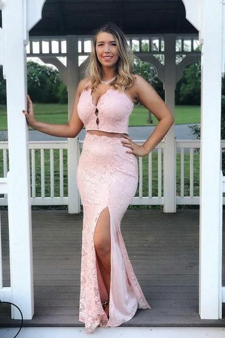 Mermaid V-Neck Floor-Length Pink Lace Prom Dress