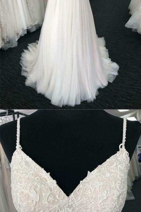 Charming Spaghetti Straps White Wedding Dresses Appliques With Ruffles