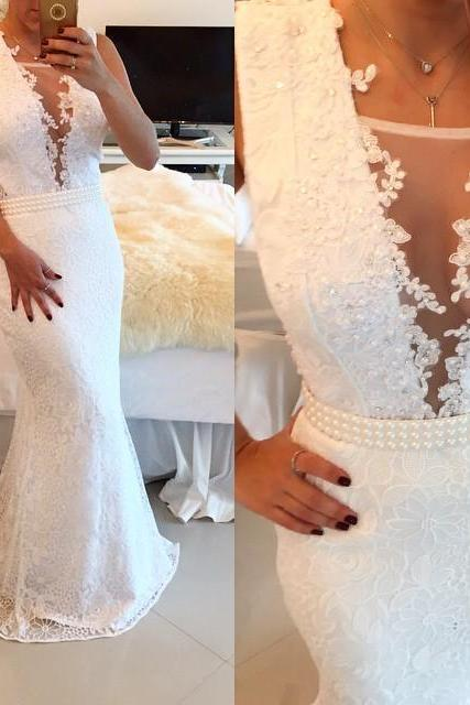 2016 White Lace Beaded Prom Dresses Sleeveless Mermaid Appliques Evening Gowns